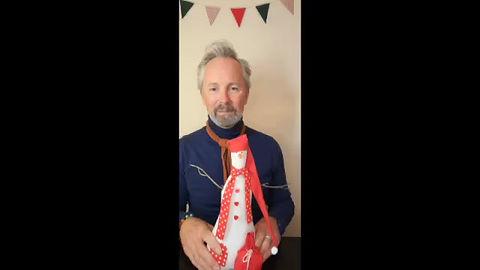 CraftyMonkies Gary Mills Online Interactive Crafting Workshop Snowman Decoration