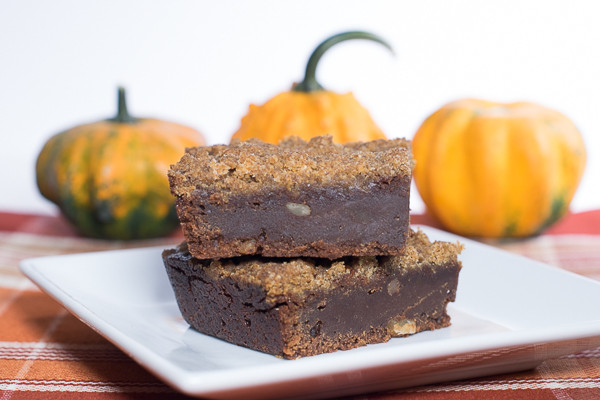Rican Vegan Streusel Pumpkin Brownies