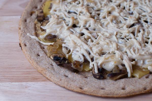 Rican Vegan garlic aioli mushroom pizza