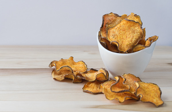Rican Vegan Baked Sweet Potato Chips