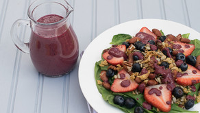 Triple B Spinach Salad With Blueberry Pomegranate Dressing