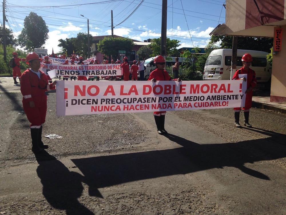 Trabajadores de sísmica marcharon en Cumaral, Meta