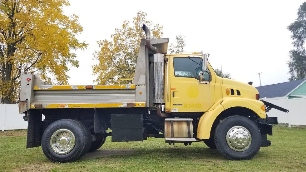 Unit 1663  2003 Sterling L7500