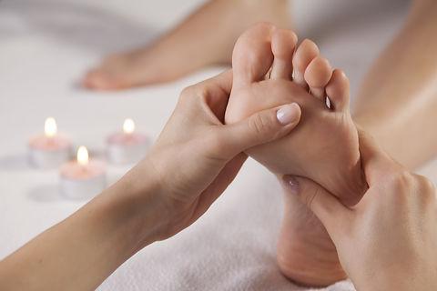massaggio defaticante ai piedi Centro Estetico Body Center Emotions di Dueville ( Vicenza )