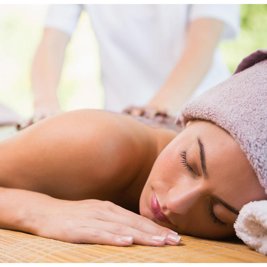 Massaggio defaticante e avvolgente al Mosto d'Uva con delicatissimo scrub corpo