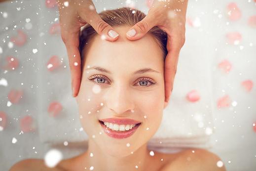 pulizia viso con acidi della frutta presso Body center emotions a Dueville ( Vicenza )