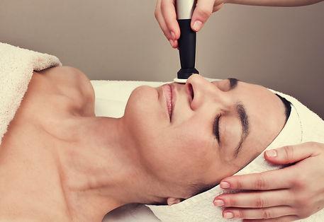 trattamento Viso con tecnologia Radiofrequenza presso Body center emotions a Dueville ( vicenza )