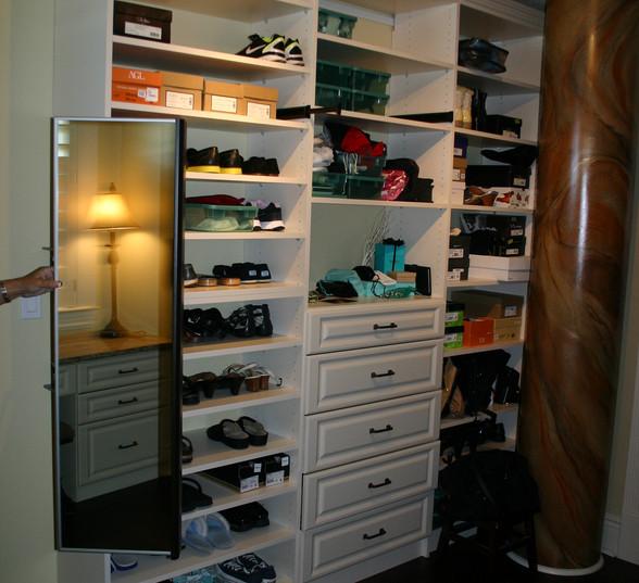 O'H Closet 021.jpg