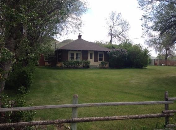 farm houseoutside.JPG