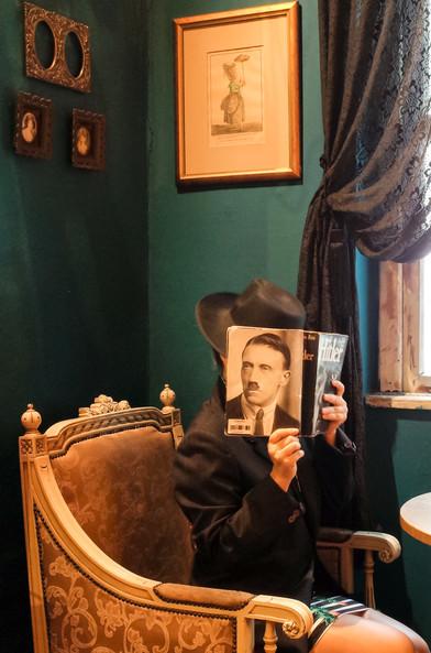 Sem título, 2020 da série Os Livros do Meu Pai Fotografia digital. 60x45 cm