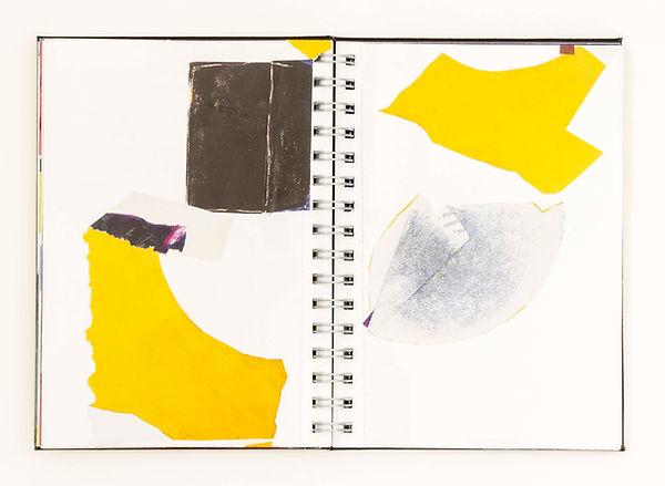 Sueli Espicalquis, sem título, 2021, recorte de livro sobre papel, 21  x 14,18 cm cada pág
