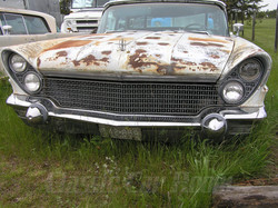 1960 Lincoln Mark V Front