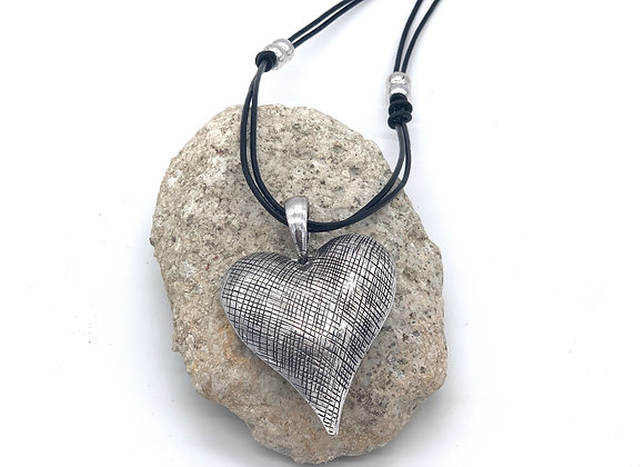 Parisian Heart Necklace