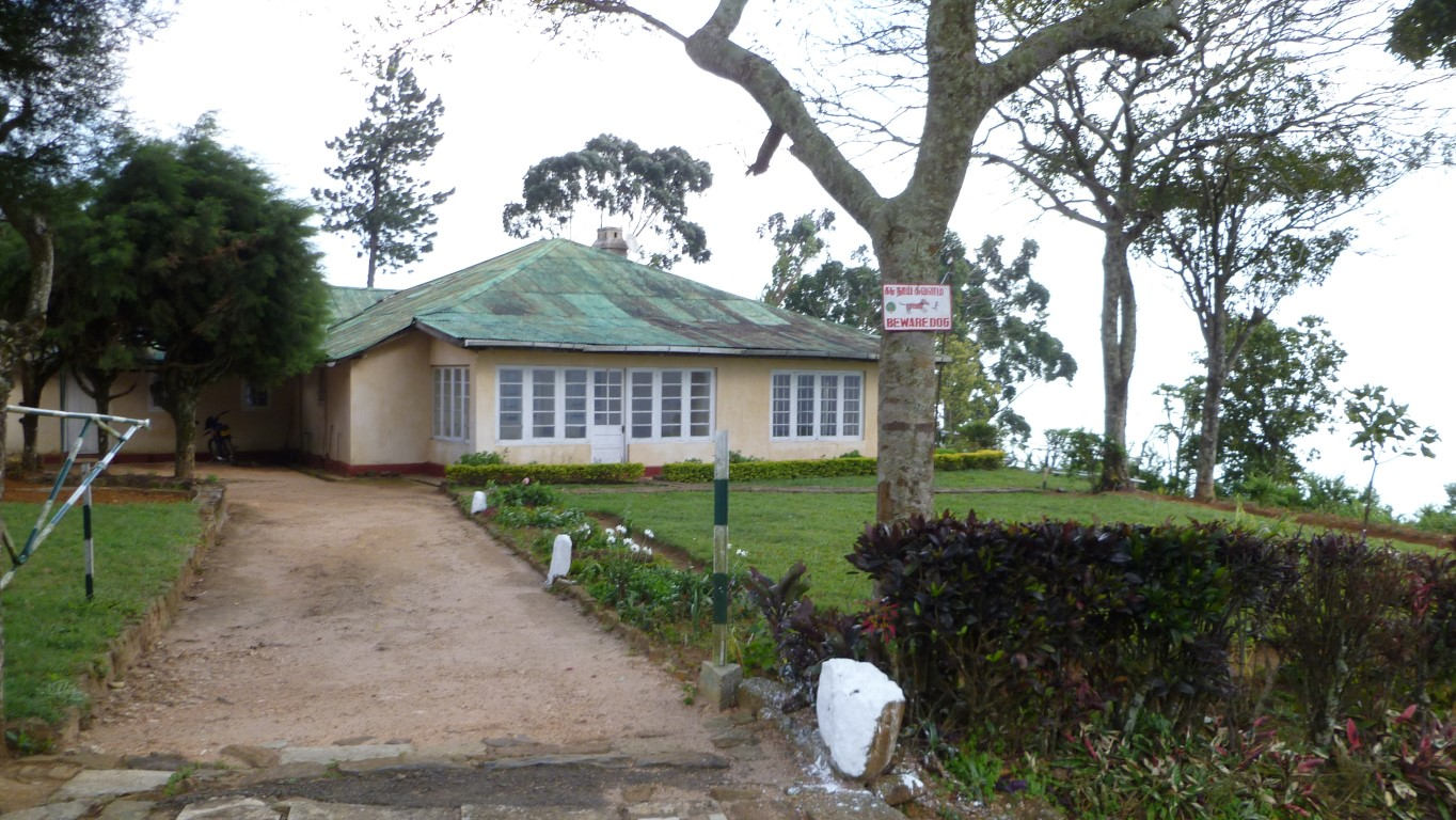 Manager's bungalow (tea estate walk)