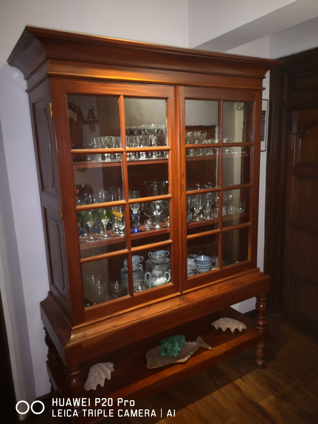 old dutch display cupboard (genuine)