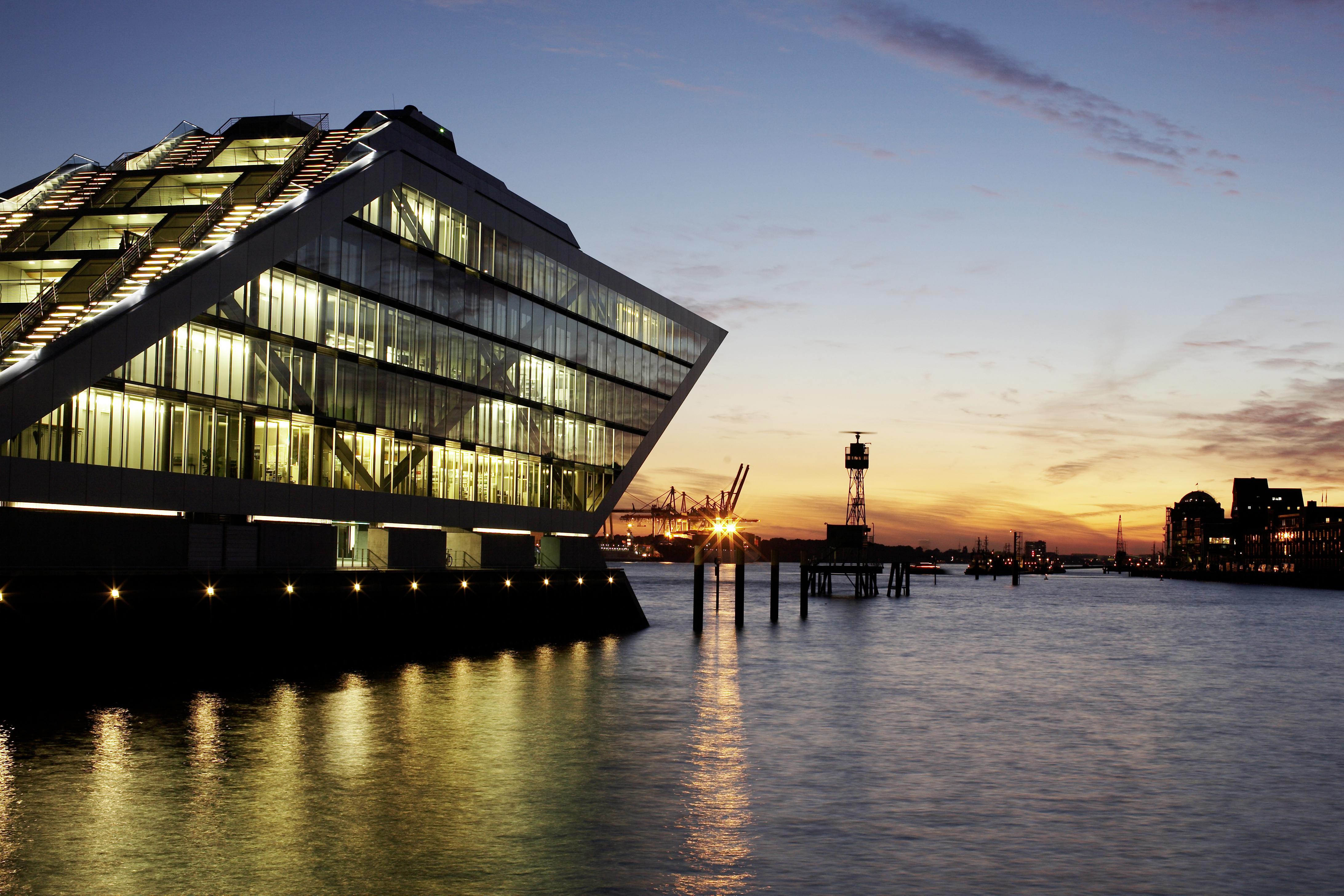 1007_Hamburg_Dockland_037