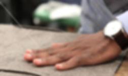 Tailleur montreal sur mesure pour hommes montréal complet chemises cravate noeud papillon bretelles soie laine tissus haute séléction qualité fournisseurs loro piana zegna ariston tailor veston 3 pièces coupmade to measure for men montreal tuxedos sport jacket shirts tie bow tie suspenders silk cotton wools style fabrics