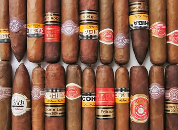 Even with Fidel Castro Dead, Cuban Cigars Won't Hit US Shelves for Years (If Ever)
