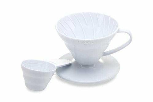 HARIO V60 PLASTIC COFFEE DRIPPER WHITE 01