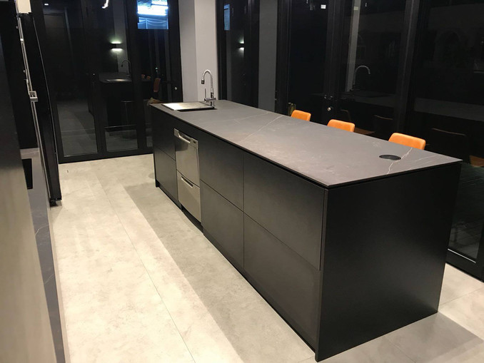 Customised Stainless Steel Kitchen Cabinet and Island System
