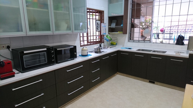 Customised Stainless Steel Kitchen Cabinet
