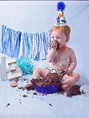 Cake Smash Photography Birmingham, West Midlands. Cake Smash Photographer Sutton Coldfield, Cake Smash Photographer Great Barr, Cake Smash Photographers, Cake Smash Photography, Birmingham, Cake Smash Photographers,first birthday cake, birthday photo cake, 1st birthday photo shoot