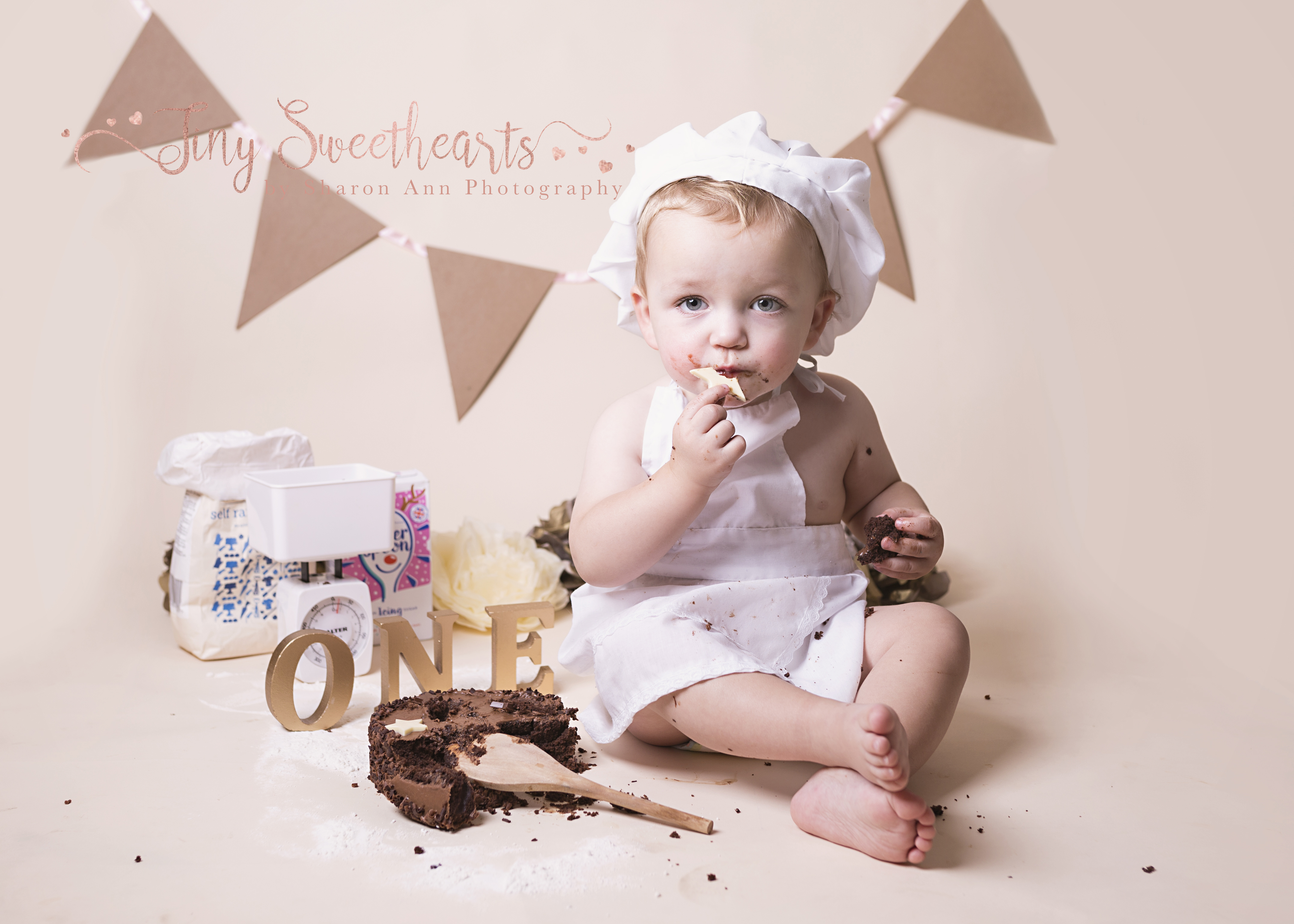 Cake Smash Photography Birmingham