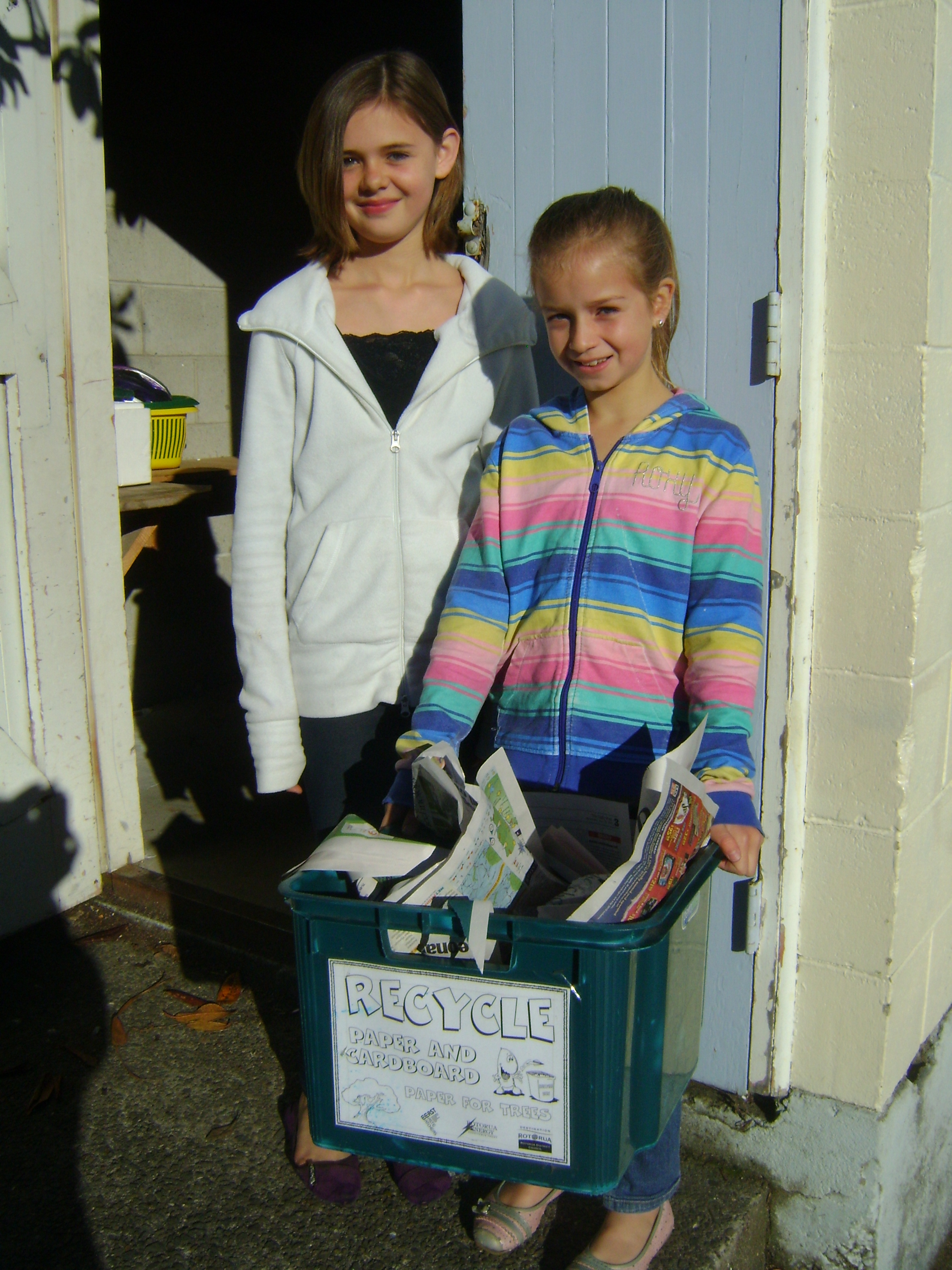 Erin & Laur the paper collectors