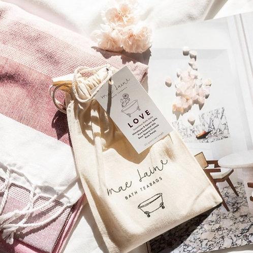 Love Bath Teabag with Rose Quartz Crystals