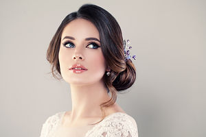 Perfect Fashion Model Woman with Beautif