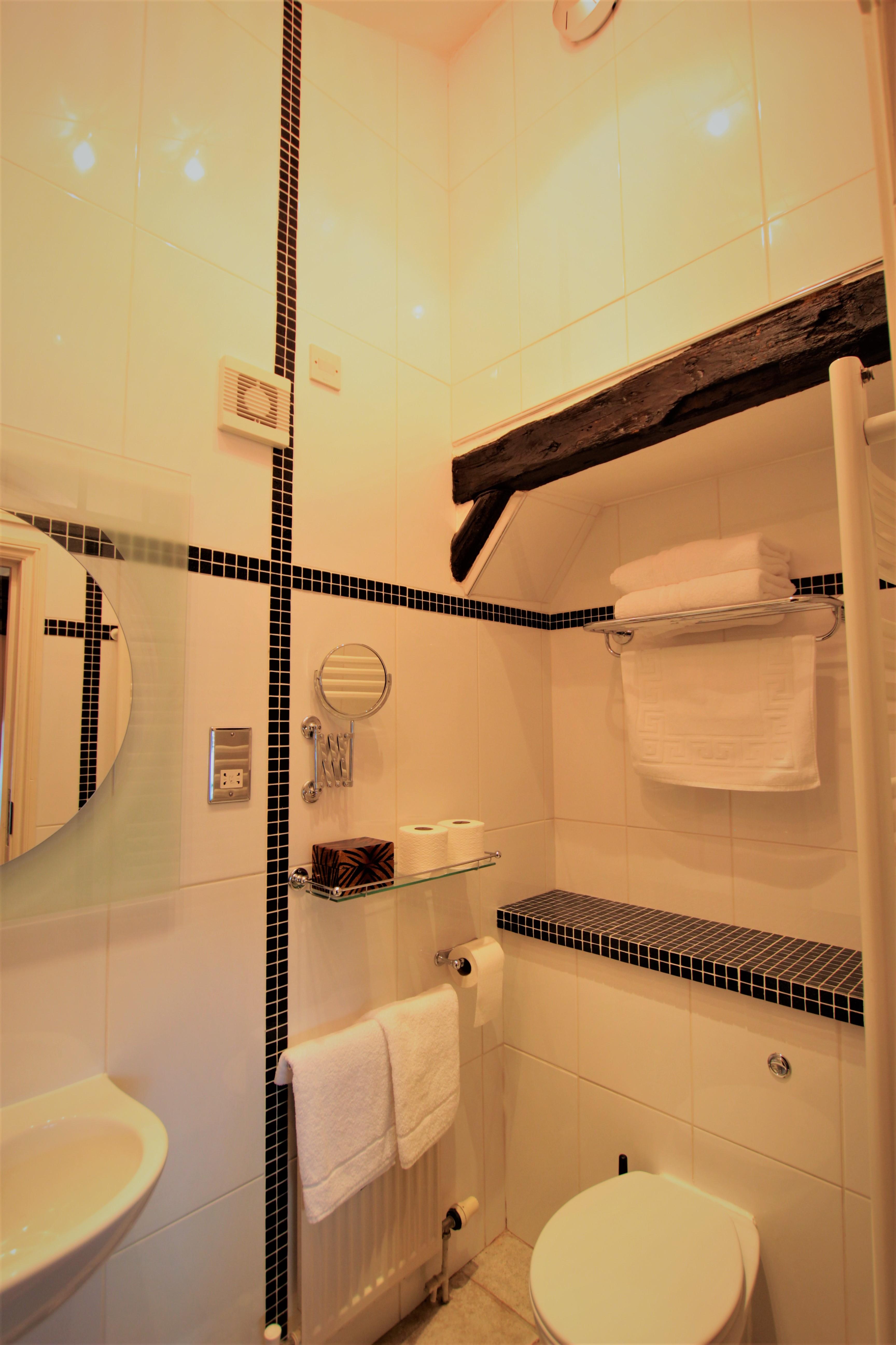 room 4 wc web