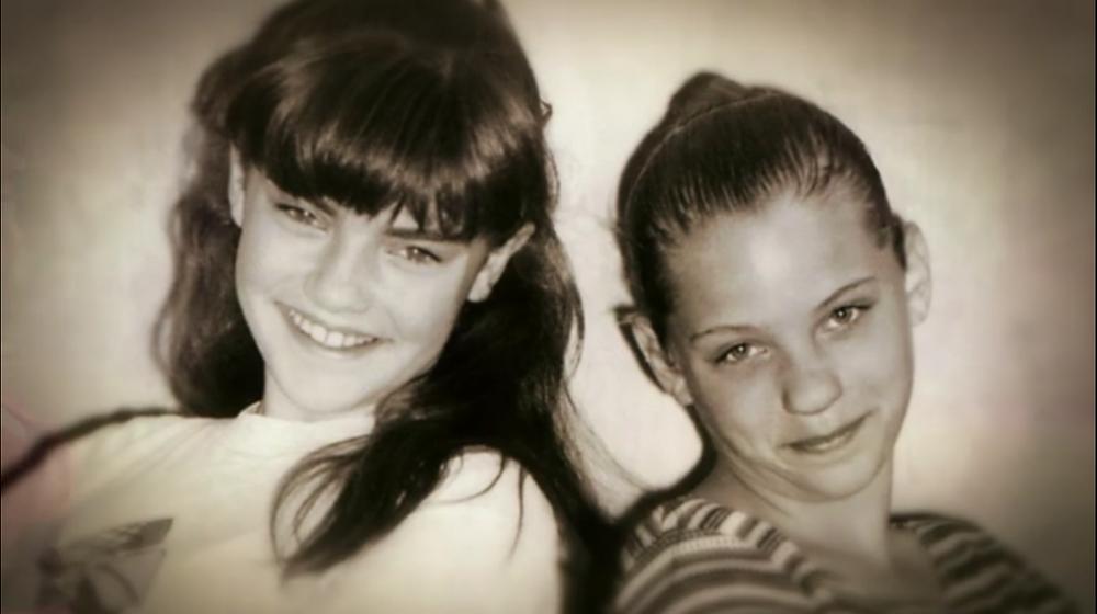 Kara Rudd with her cousin Yolanda