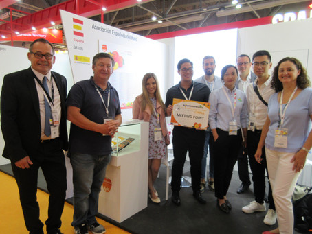 Eurofreshproduce y la Asociación Española del Kaki on Tour en el mercado de China