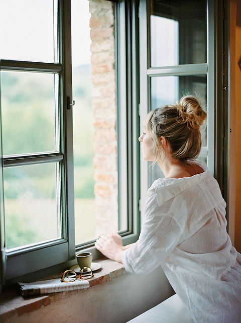 haute-stock-photography-tuscan-romance-c