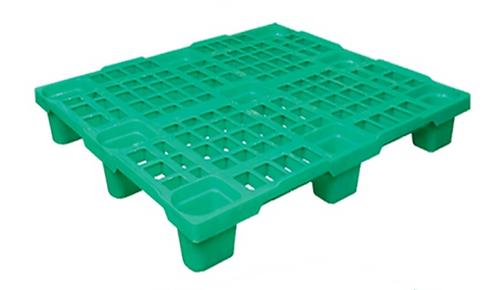 Палета пластикова полегшена 1200х1000 на ніжках