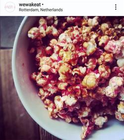 Pink miso DIY caramel popcorn