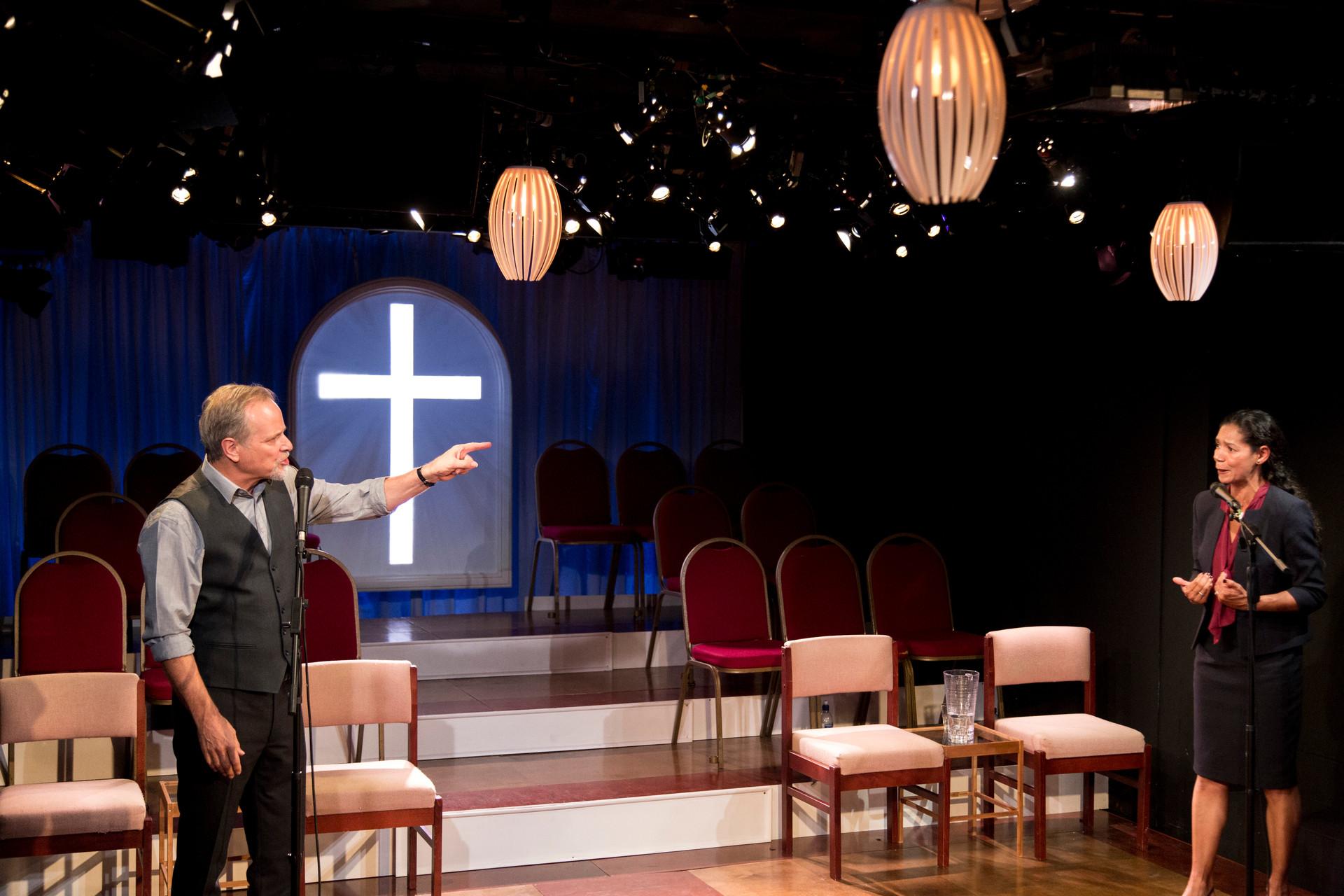42The Christians_Gate Theatre_ Simon Dutso
