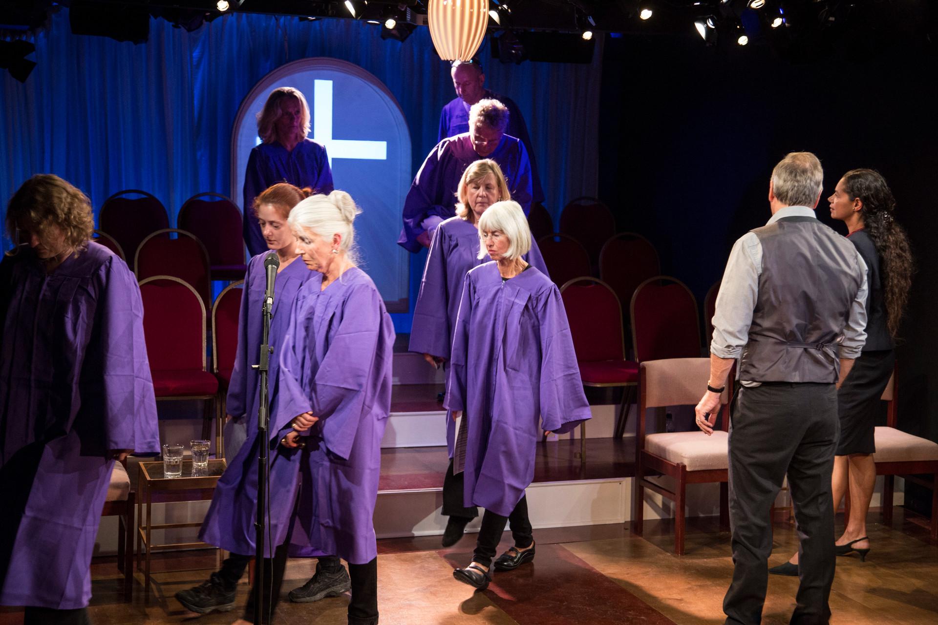 37The Christians_Gate Theatre_ Simon Dutso