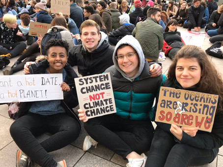 Hundreds march on Cardiff streets to protest climate change inaction