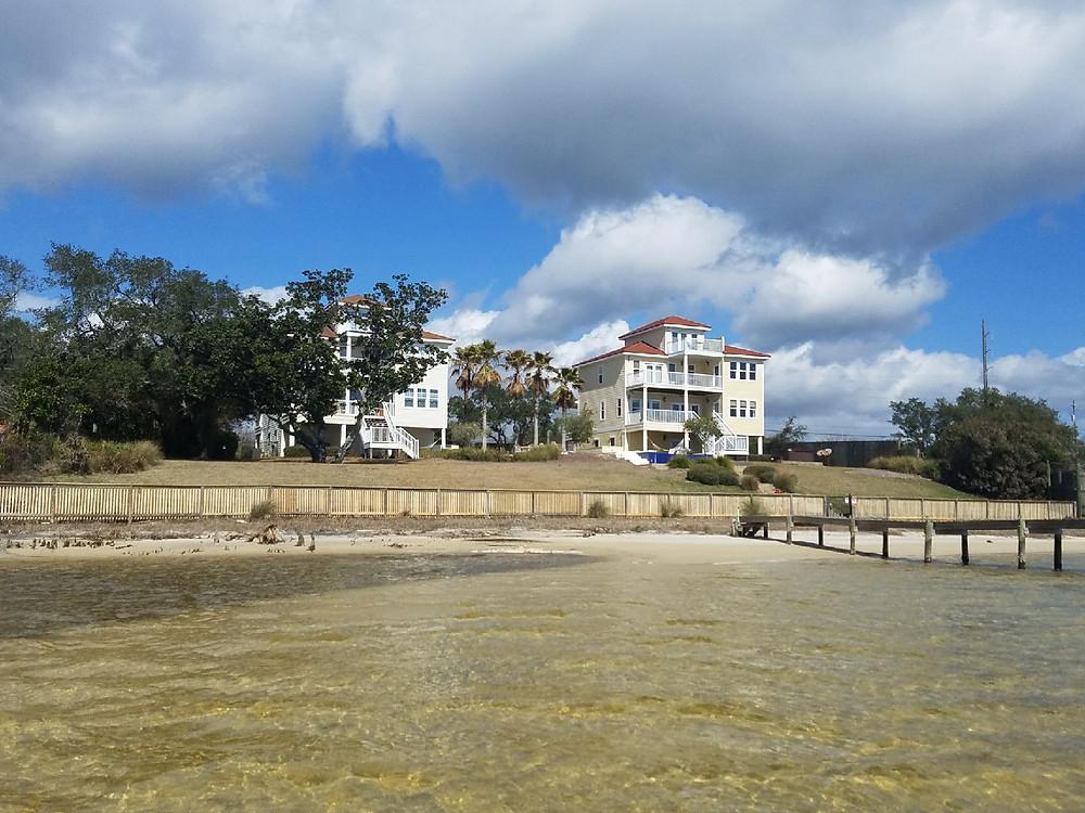The Searhorse Retreat & Palm Breeze Beach House on the Santa Rosa Sound