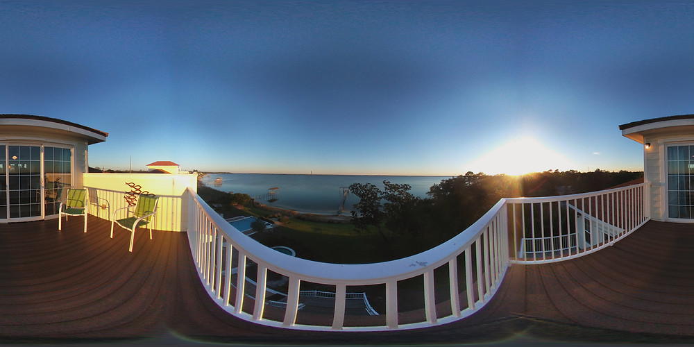 Click photo to see a 360 degree view from the cupola of the Seahorse Retreat.