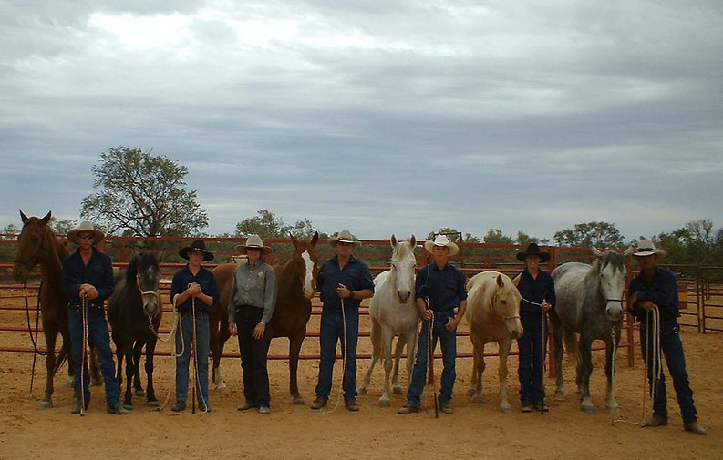 Monkira Group photo in yard Monkira Stat