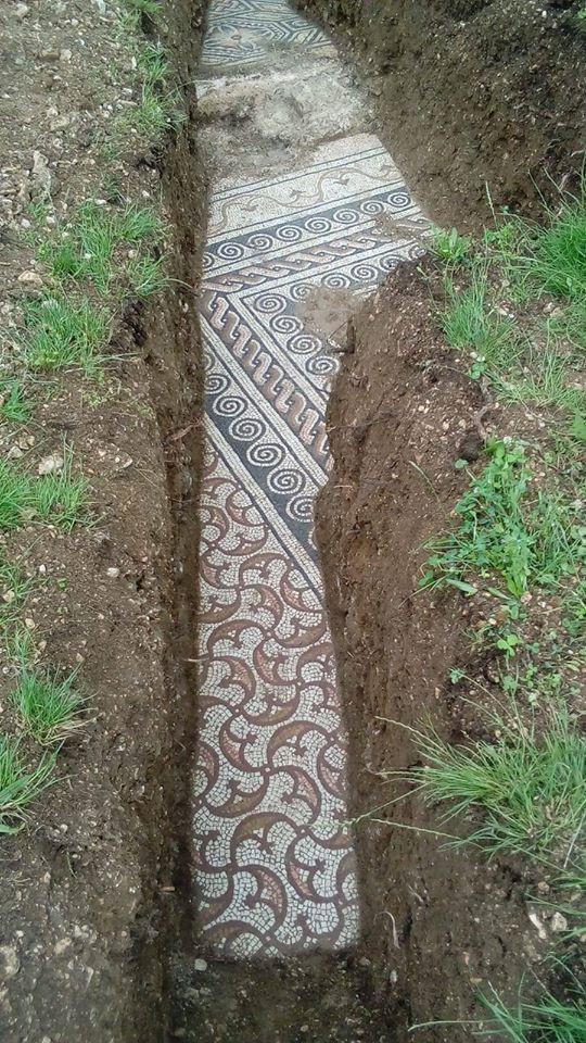Restos de mosaico romano en villa romana del siglo I d.C.Valpolicella, en la provincia de Verona (región del Véneto). Posiblemente existían también en la zona de la laguna de Venecia.