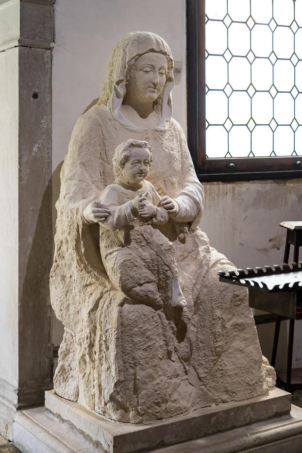 Estatua Madonna dell'Orto. Capilla San Mauro