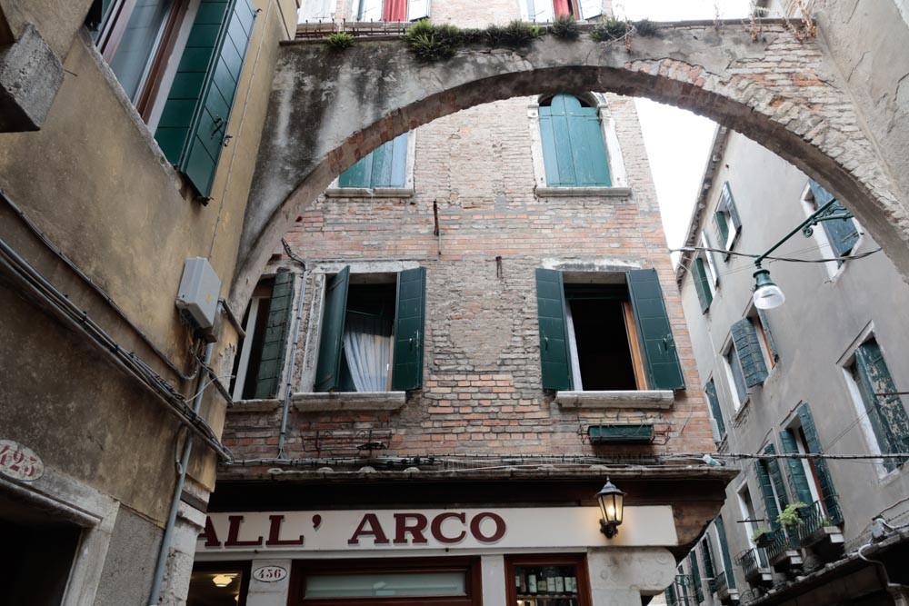 Bar All'Arco con magníficos cicchettis