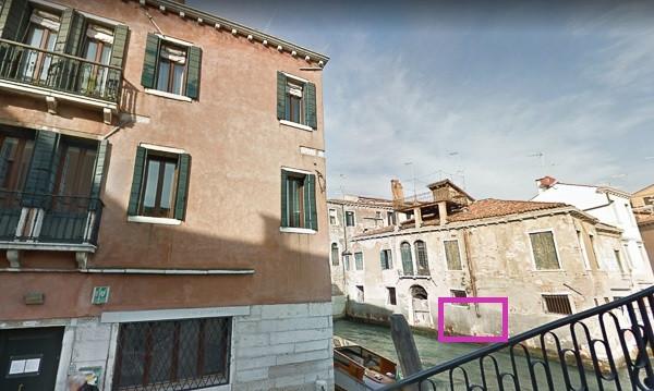 """La casa """"antes del mural de Banksy"""" Venezia Banksy"""