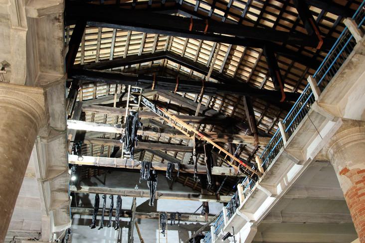 Interior nave exposición Arsenal