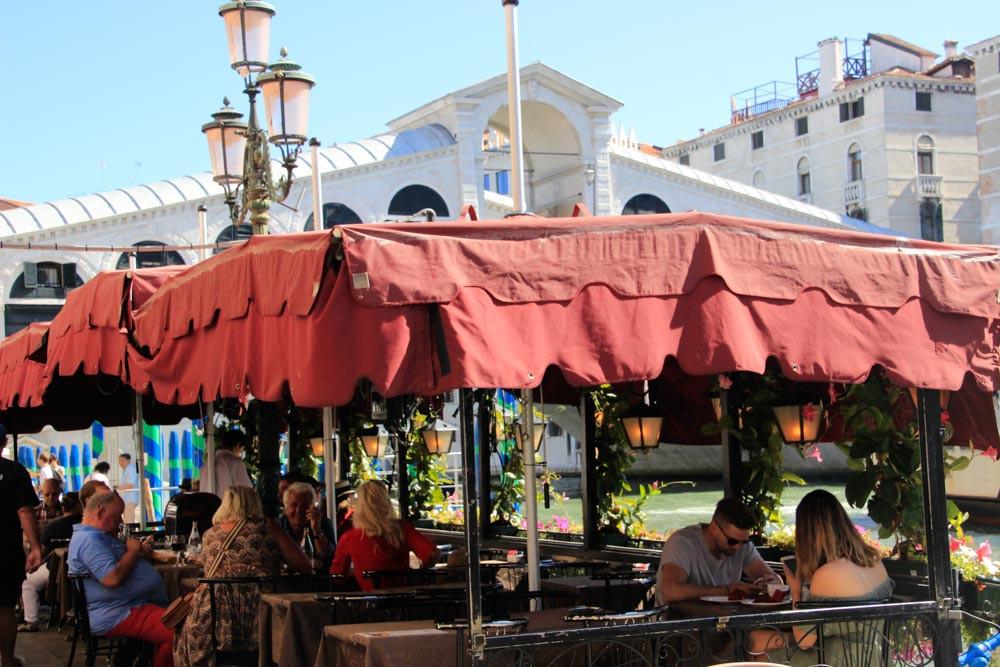 Vista desde un restaurante en Riva del Vin