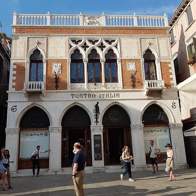 Fachada Ex-cine Teatro Italia