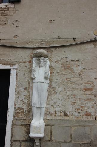 Estatua de Alfani